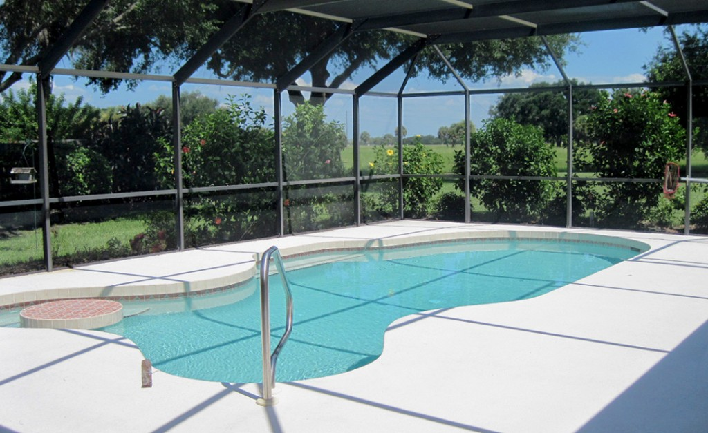 Swimming Pool Screening : Tampa screen repair sarasota rescreen pool enclosure